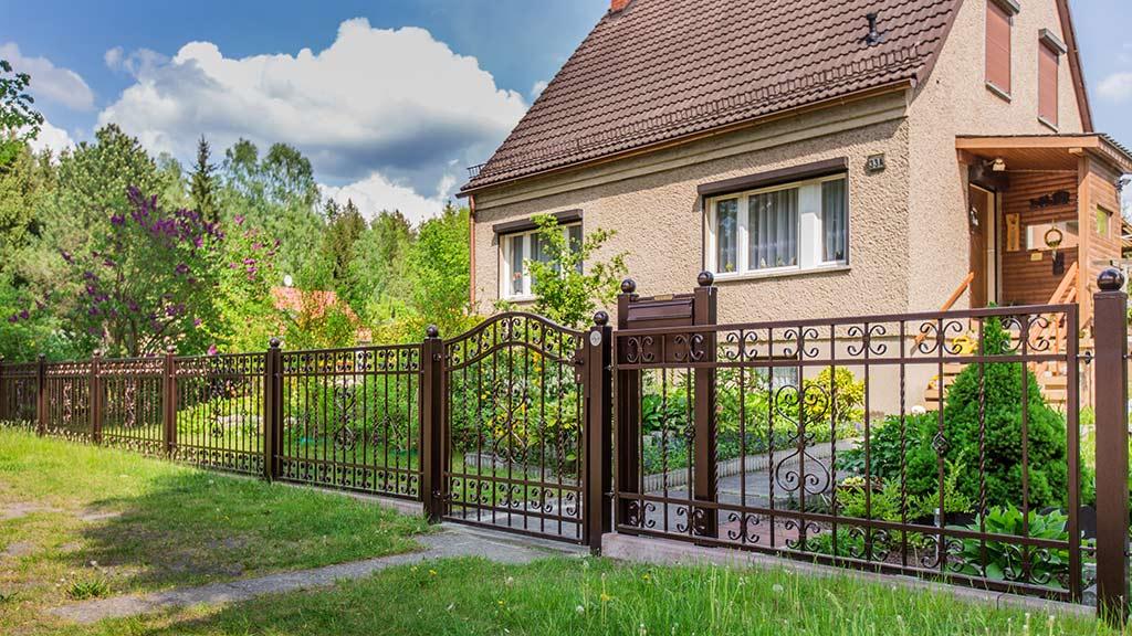 Schmiedeeisen-Zaun aus Polen